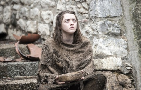 "Arya Stark in un frame della prima puntata della sesta stagione di Game of Thrones, intitolata ""The Red Woman"""