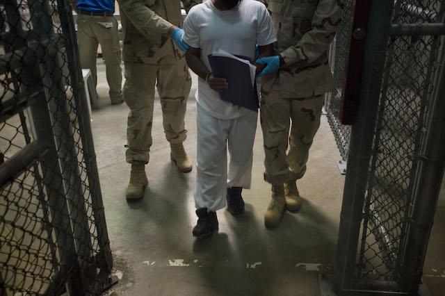 All'interno del carcere di Guantanamo. Foto Louie Palu/ZUMA Press