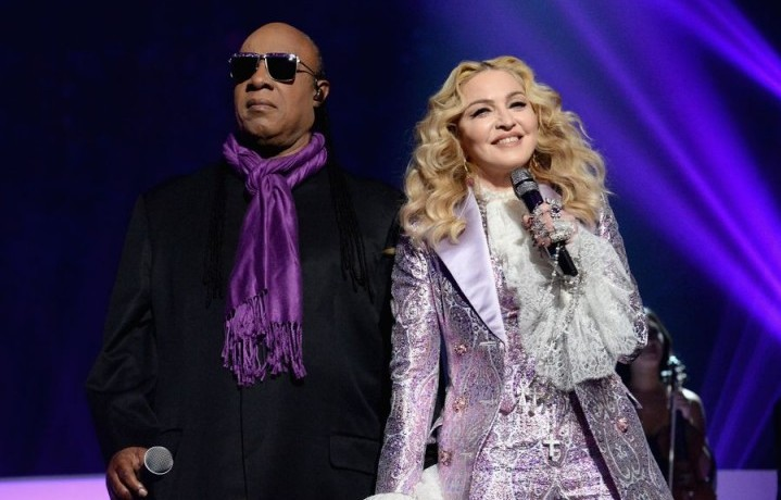 """2016 BILLBOARD MUSIC AWARDS – Theatre – The """"2016 Billboard Music Awards"""" broadcast airs live from T-Mobile Arena in Las Vegas on Sunday, May 22, at 8:00 p.m. EDT / 5:00 p.m. PDT on ABC. (Photo by Jeff KravitzGetty Images via ABC) STEVIE WONDER, MADONNA"""