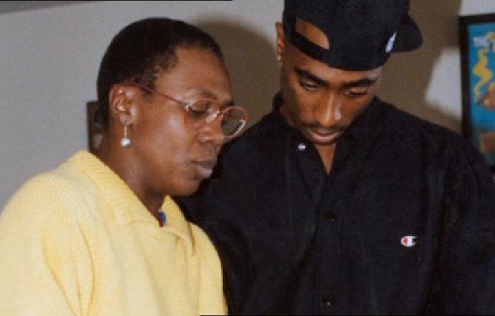 Afeni Shakur con suo figlio Tupac