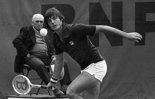 Adriano Panatta ha vinto 40 anni fa il Roland Garros. Foto: STF/AFP/Getty Images