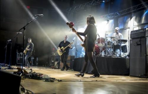 I Pixies sono Joey Santiago, Black Francis, Paz Lenchantin e David Lovering. Suoneranno al Flowers Festival il 21 luglio