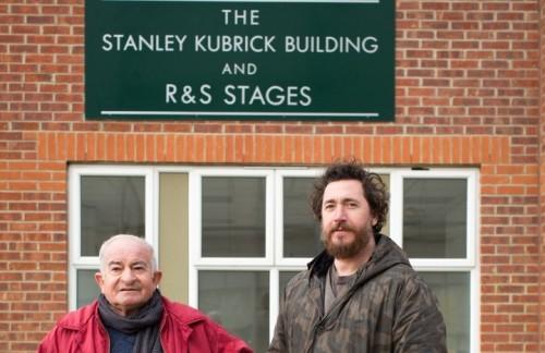 """Il regista Alex Infascelli con Emilio D'Alessandro, protagonista di """"S is for Stanley"""""""
