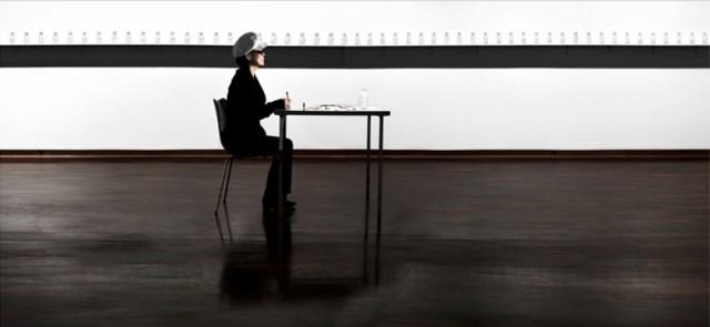 """Un lavoro di Yoko Ono del 2006,in mostra a Lione dal 9 marzo scorso e disponibile al """"Lumière de l'Aube"""" fino al 10 luglio"""