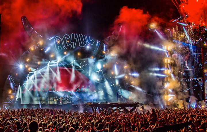Il primo concerto degli AC/DC con Axl Rose