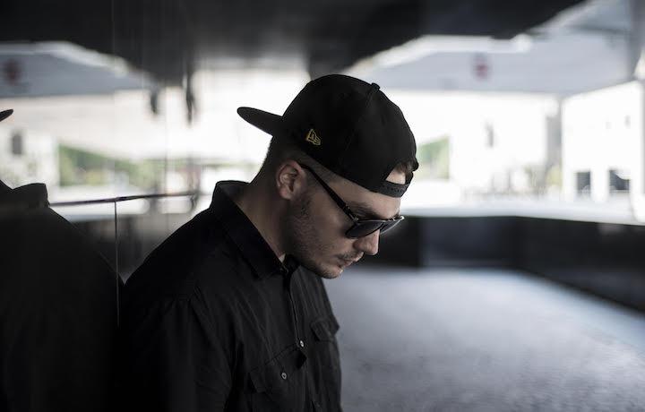 Dj 2P è uno dei dj più noti del mondo rap italiano. È stato campione italiano di turntablism