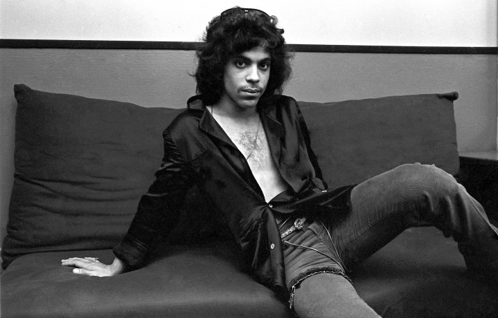 Prince Rogers Nelson nel suo backstage al The Bottom Line di Manhattan, New York, nel 1980 - Foto di Deborah Feingold/Corbis