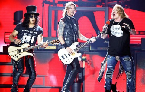 I Guns N' Roses a Detroit, foto Ken Settle per Rolling Stone USA