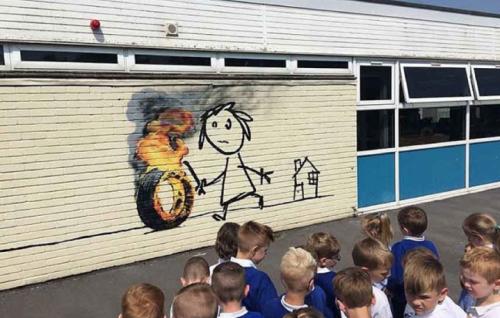 Il nuovo pezzo di Banksy comparso a Bristol - Foto via Instagram