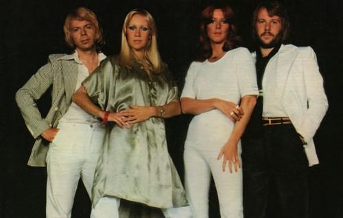 Gli ABBA si sono conosciuti per la prima volta 50 anni fa