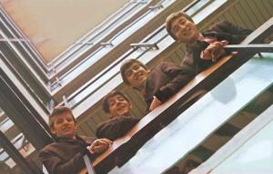 """La foto della copertina di """"Please Please Me"""" dei Beatles"""