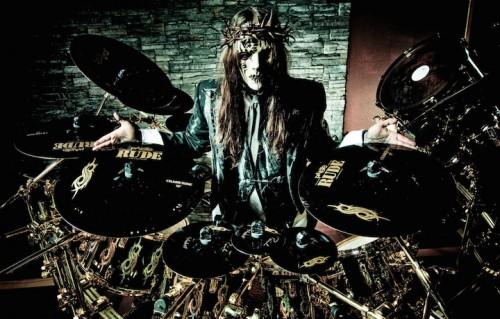 Joey Jordison, l'ex batterista degli Slipknot, è affetto da mielite trasversa