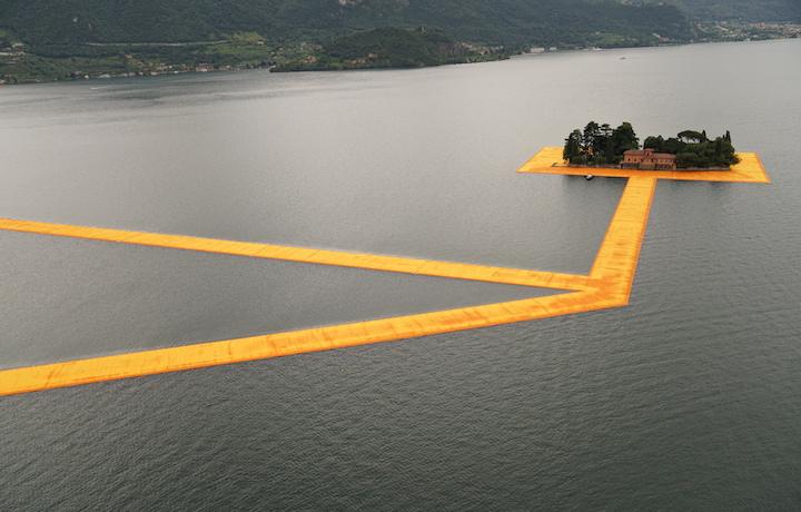 Christo ha riempito il lago d'Iseo
