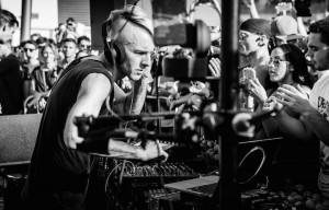 La seconda vita di Richie Hawtin. A base di sake