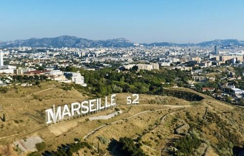 """Una foto per annunciare la seconda stagione di """"Marseille"""""""