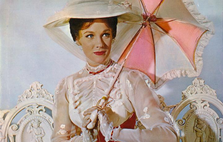 Julie Andrews nei panni di Mary Poppins nel film del 1964