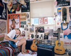 'In My Room: Teenagers in Their Bedrooms', foto, fotografie teenagers, adolescenti, progetto fotografico, Adrienne Salinger, USA,