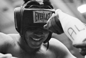 "Peter Angelo Simon, Muhammad Ali, libro, RAP, ""Muhammad Ali: fighters Heaven 1974"","