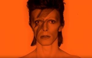 """Guarda una clip in esclusiva da """"David Bowie Is"""" il docu-film sulla mostra in arrivo in Italia"""