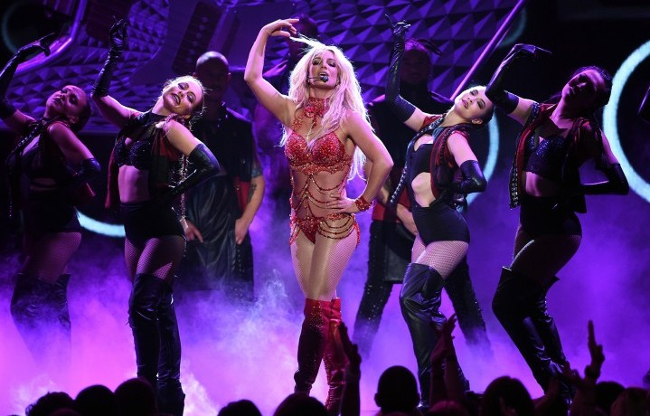 Britney Spears ai Billoard Awards (via Billboard)
