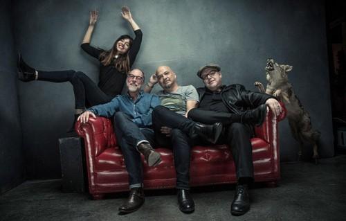 I Pixies danno ufficialmente il benvenuto nella band alla bassista Paz Lenchantin