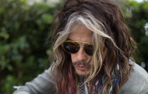 Steven Tyler ha parlato con Billboard delle condizioni di salute del suo chitarrista