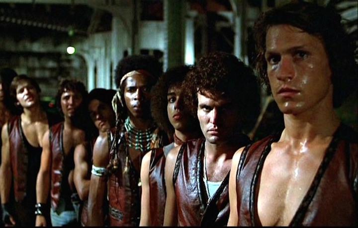 """""""I Guerrieri della Notte"""" è uscito nel 1979. Tra i protagonisti sono Michael Beck e James Remar"""