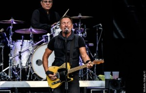 """Bruce Springsteen si scaglia contro Trump: """"È un pericolo per la democrazia"""""""
