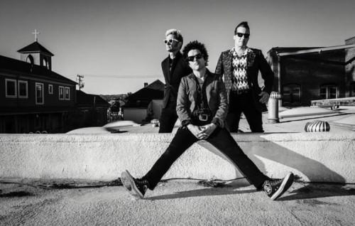 I Green Day sono Billie Joe Armstrong, Mike Dirnt e Tré Cool - Foto via Facebook