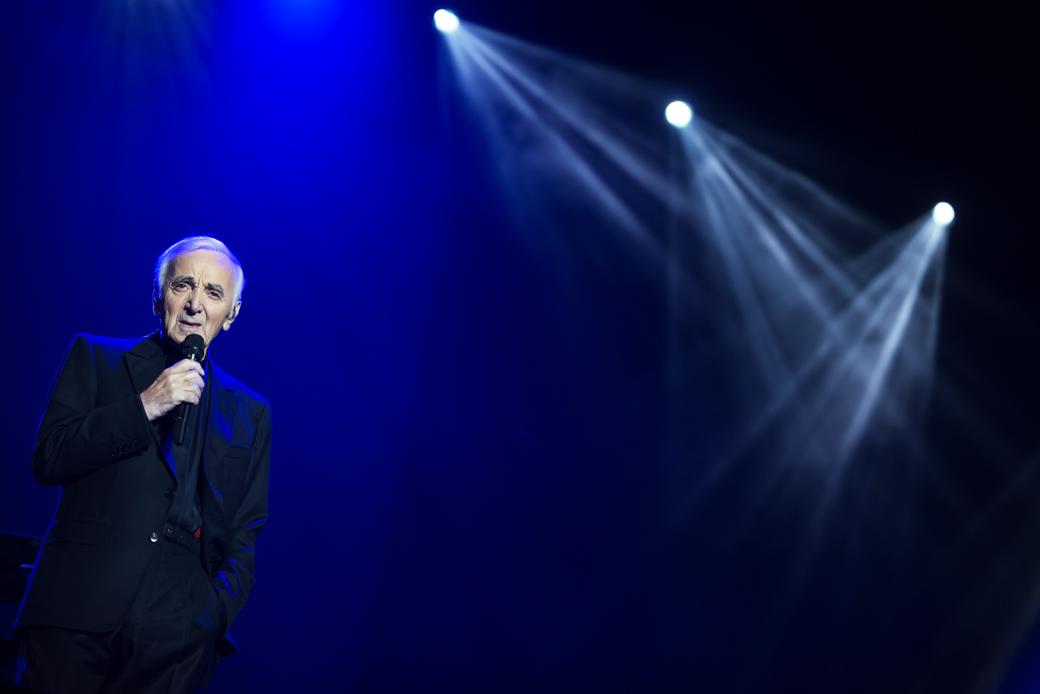Risultati immagini per charles aznavour in concerto