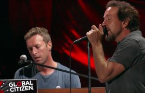 Eddie Vedder e Chris Martin