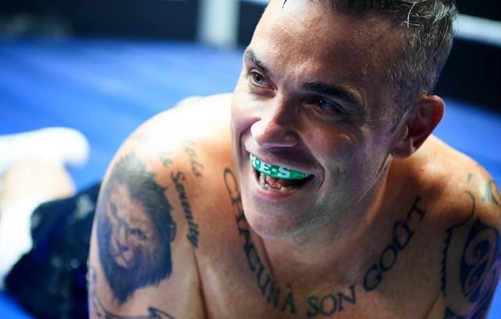 Robbie Williams, 42 anni