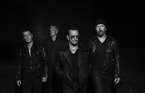 """""""Songs of Innocence"""" degli U2 arriva in edicola: la recensione di Rolling Stone"""