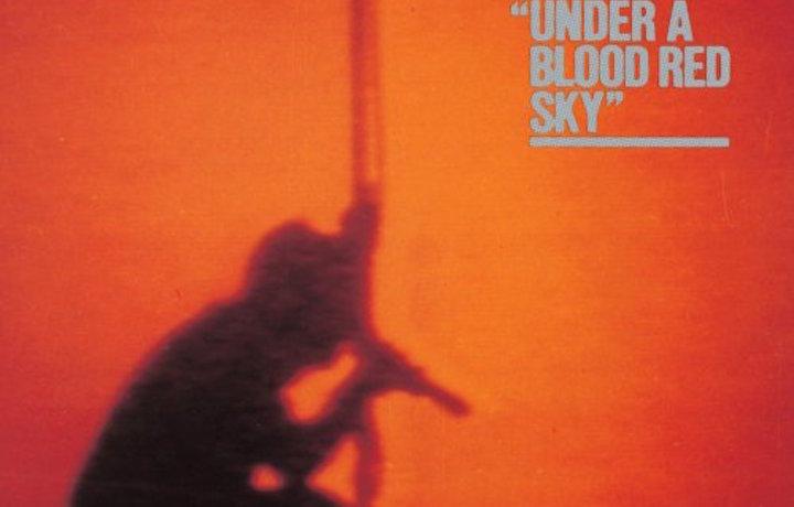 U2, un dettaglio della copertina di Under A Blood Red Sky