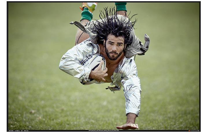 Luke Joseph McLean è nato a Townsville, nel Queensland australiano, il 29 giugno 1987. Gioca nel ruolo di utlity back nella Benetton Treviso e nella Nazionale italiana. In questa foto McLean indossa un piumino argentato CALVIN KLEIN COLLECTION. Foto Giampaolo Vimercati