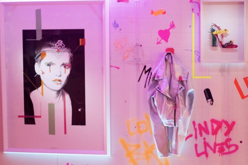 No Curves, tape artist, She's a Lady, Whitelight Art Gallery, Milano, Nicolas Ballario, arte, mostra
