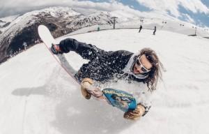 """Lorenzo """"Buzzo"""" Buzzoni allo Snowpark Mottolino di Livigno"""