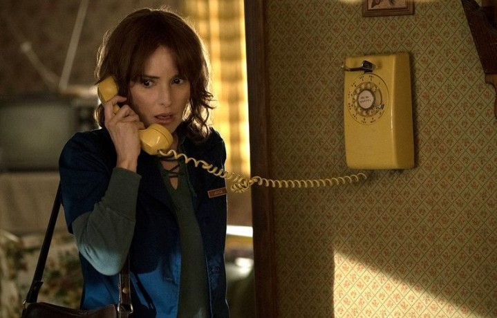 "Winona Ryder nella serie di Netflix ""Stranger Things"" - Foto Stampa"