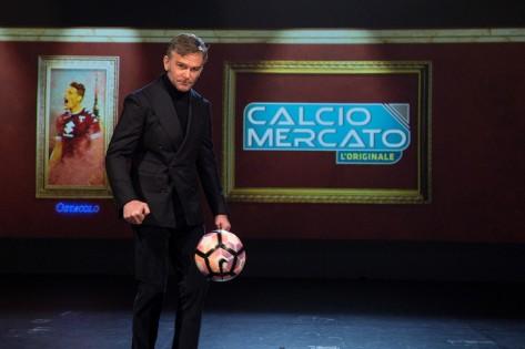 """Alessandro Bonan e """"Calciomercato"""", l'ultimo mistero del calcio in TV"""