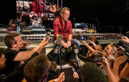 Bruce Springsteen alla Perth Arena. Photo di Duncan Barnes, via Facebook