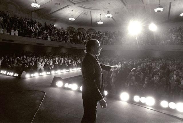 Frank Sinatra, foto di Harry Benson