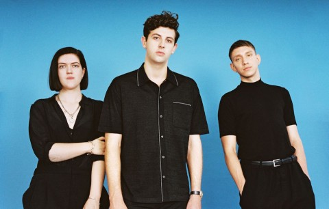 The xx sono Romy Madley Croft, Jamie Smith e Oliver Sim. Foto: Francesca Allen