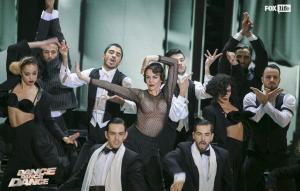 """L'esibizione di Claudia Gerini durante una delle prime puntate di """"Dance Dance Dance"""""""