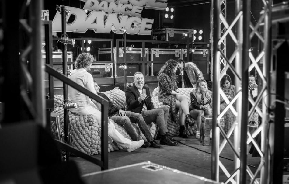 "Una foto dal backstage di ""Dance Dance Dance"""
