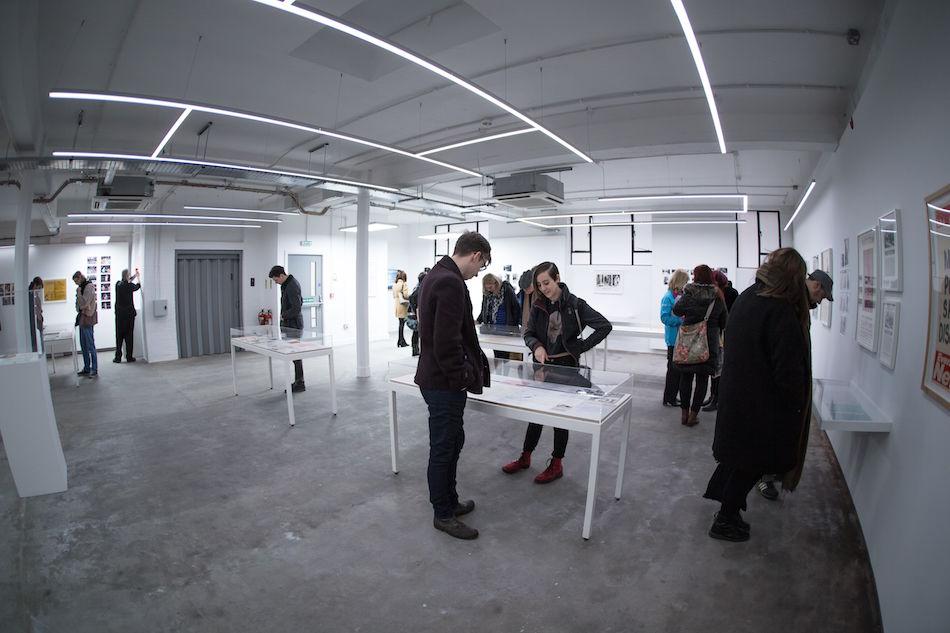 COUM Transmissions Exhibition, foto di Patrick Mateer