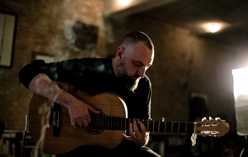 "Fink ritorna al blues con il suo nuovo ""Sunday Night Blues Club"""