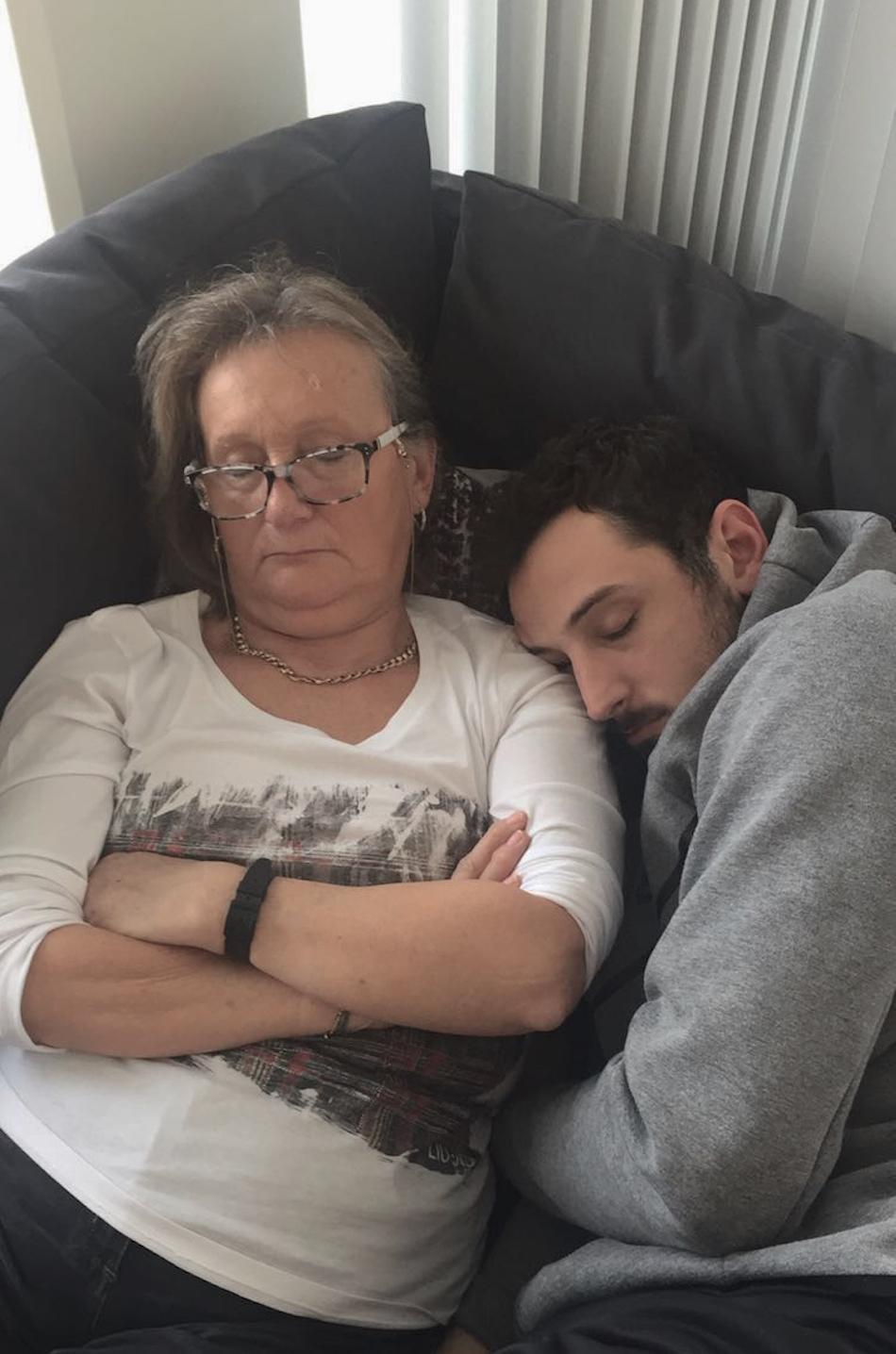 Marco Belinelli insieme a sua madre