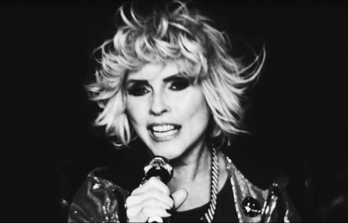 """Il nuovo video dei Blondie è """"spaziale"""""""