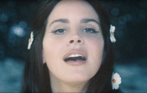"""Love"", guarda il nuovo video di Lana Del Rey"