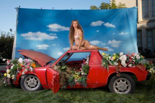 Beyonce, Awol Erizku, Jay-Z, Beyonce incinta, foto, gallery,